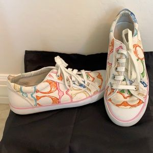 COACH SIZE 7 1/2 SUPER CUTE SNEAKERS